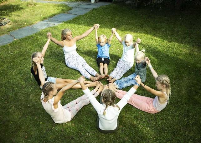 Barn og yoga