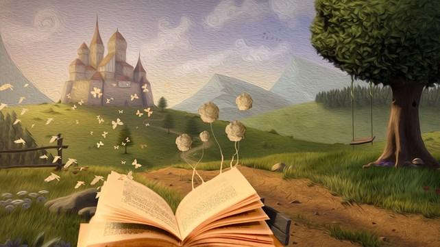 Åpen bok i natur med slott i bakgrunnen.